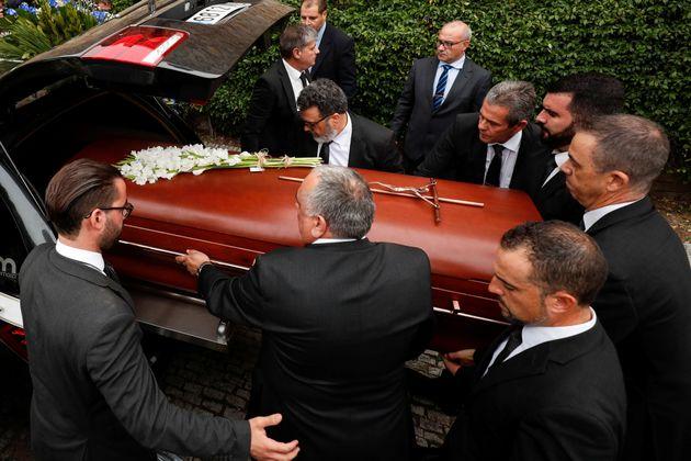 Η Ισπανία είπε το τελευταίο αντίο στην Μονσεράτ
