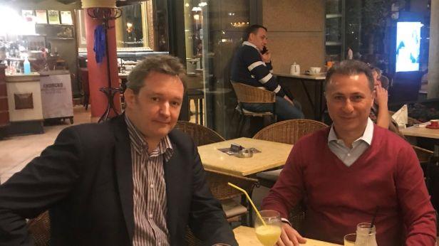 Οι συναντήσεις σε καφέ για το Σκοπιανό συνεχίζονται...