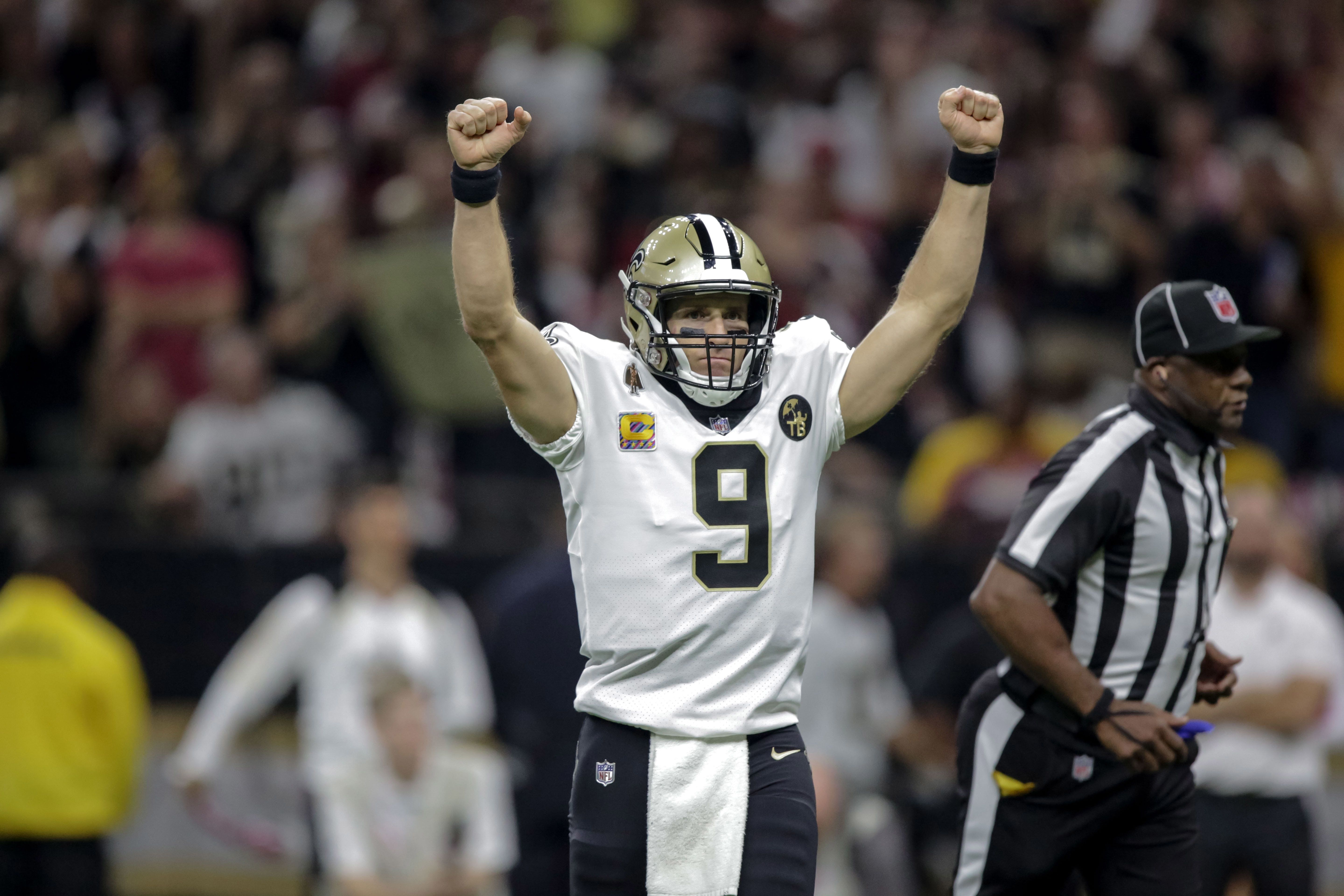 Saints' Drew Brees Becomes NFL's All-Time Yards Passing