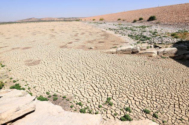 Les changements climatiques menacent emplois et terres agricoles en