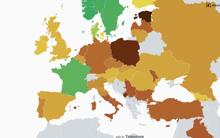 This map shows the nations of Europe ranked by the intensity of carbon pollution from their electricity consumption. Dark gre