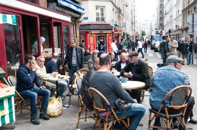 Les habitants du Maghreb désertent leurs pays pour la France selon des sites d'extrême droite française?...