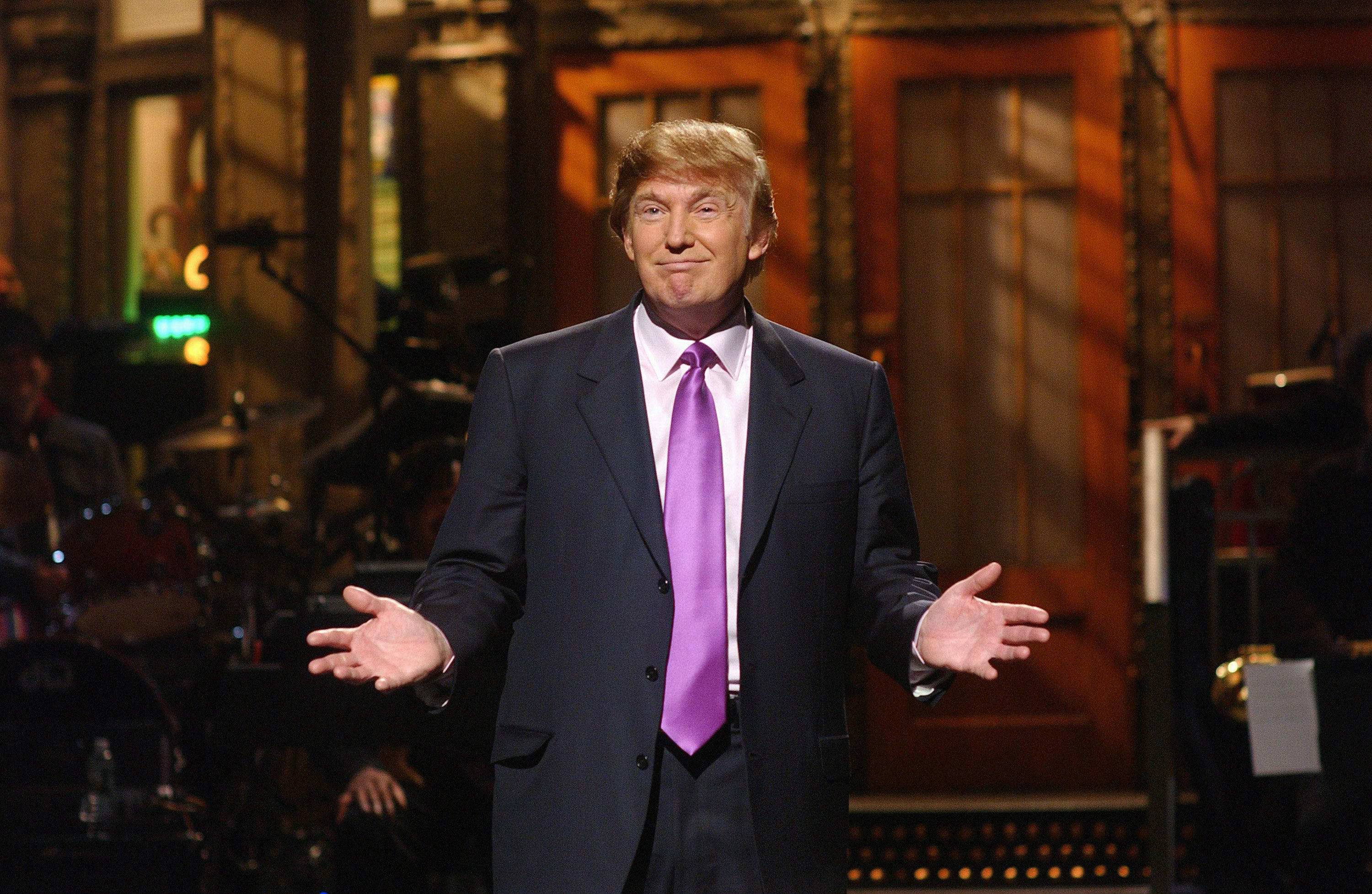 'SNL' Alum Says Writers Were Pressured In 2015 To Make Donald Trump 'Likable'