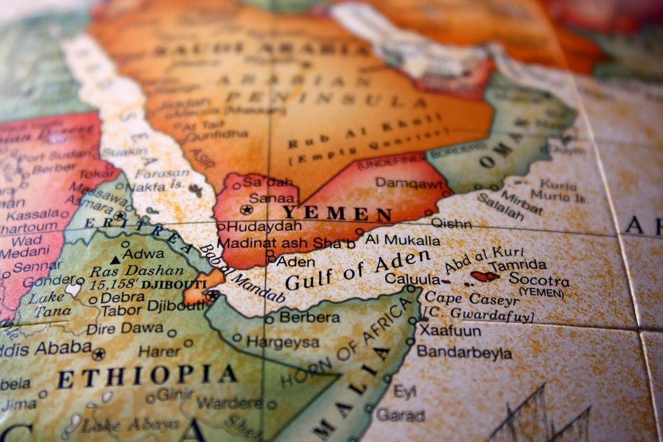 Η σφαγή στην Υεμένη και η ένοχη σιωπή της Δύσης. Ενας εκ των πρωταγωνιστών του δράματος μιλά στη