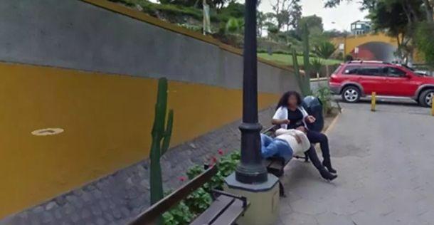 Mann entdeckt Frau zufällig bei Google Maps und lässt sich