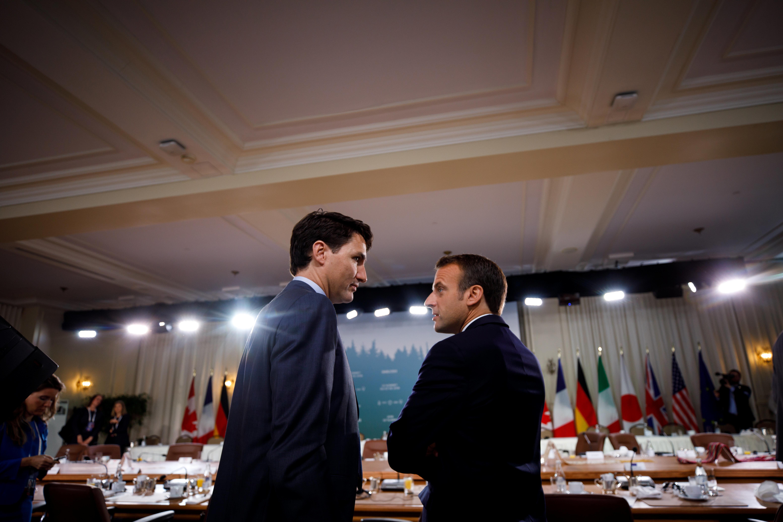 Francophonie: comment le couple Macron-Trudeau a évité un bras de fer de