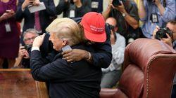 Trump trifft Kanye West: Sogar dem Präsidenten scheint diese Szene peinlich zu sein