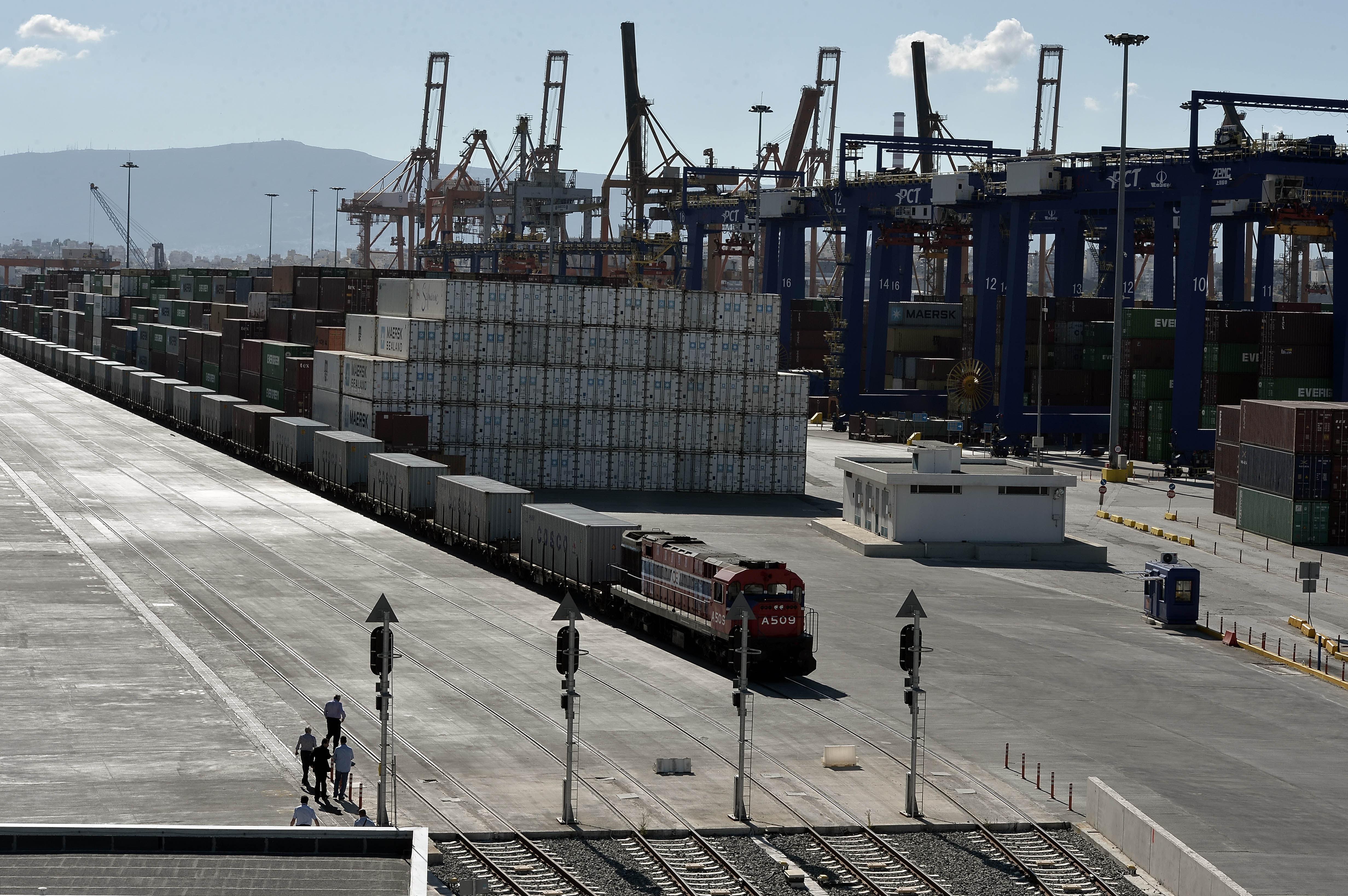 Το «Κεφάλι του Δράκου»: Γιατί ο Πειραιάς τείνει να γίνει το πρώτο λιμάνι της Ευρώπης