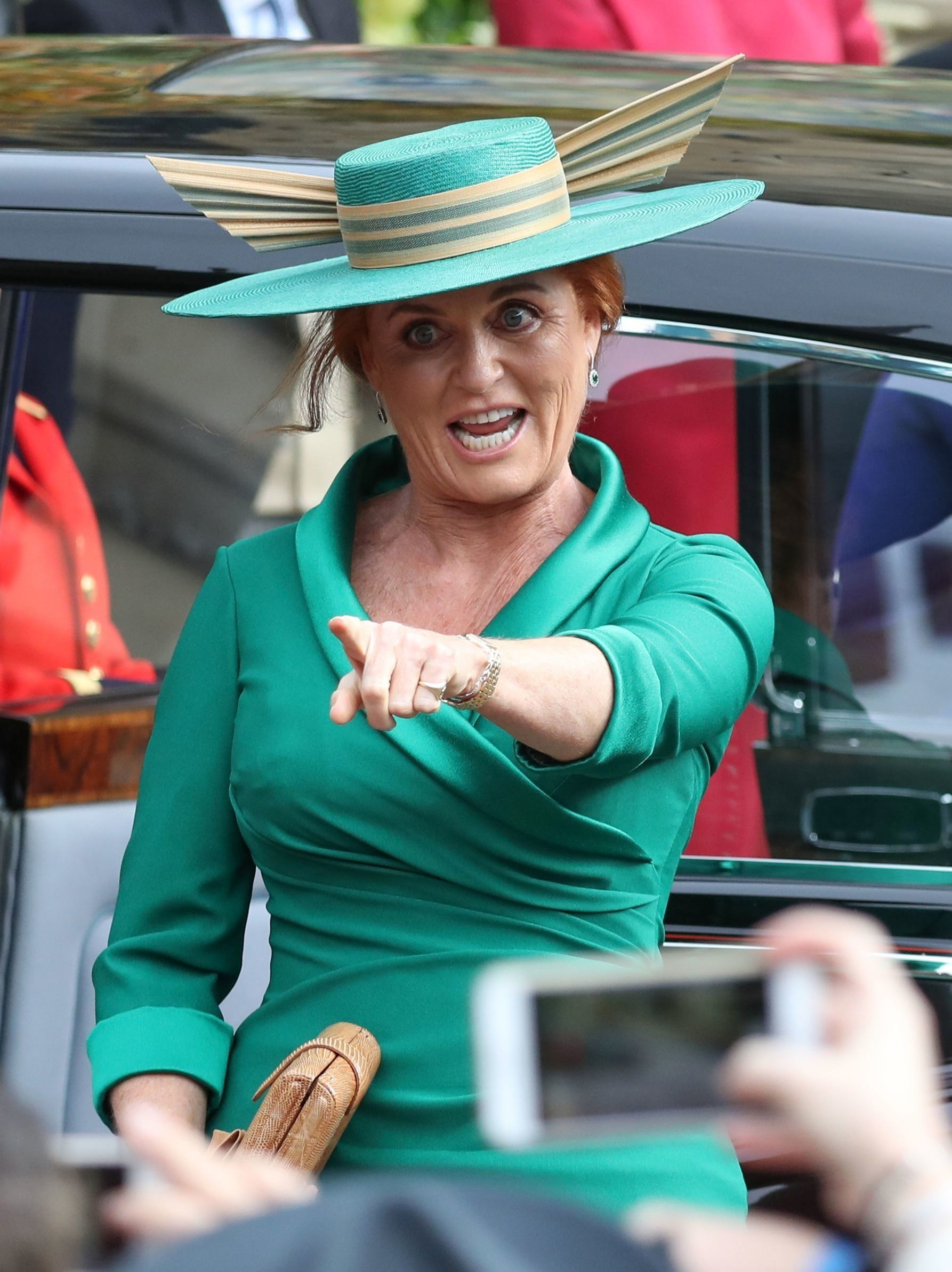 Sarah Ferguson's Royal Wedding Hat Looks Like The Golden Snitch From Harry