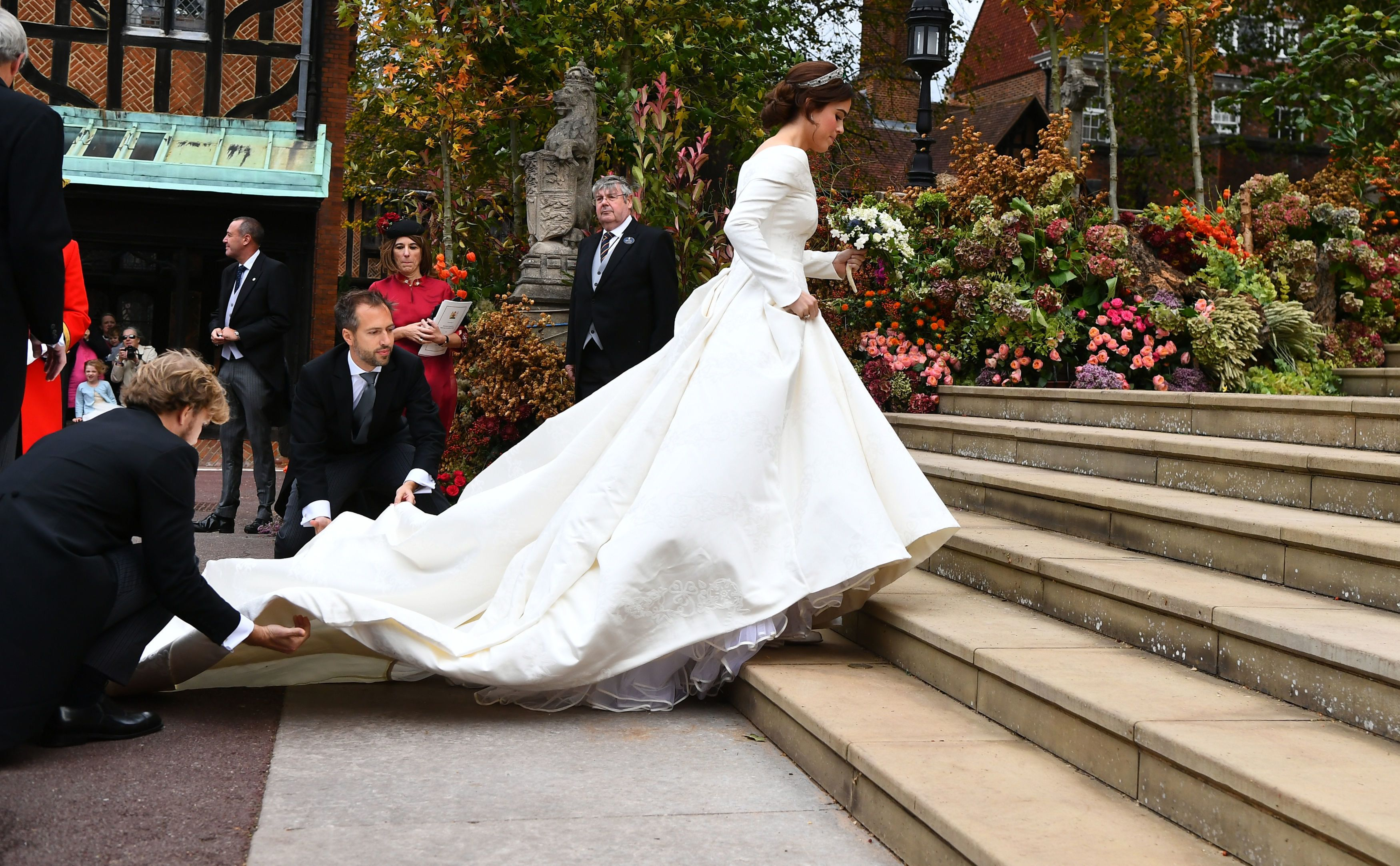 WINDSOR, ENGLAND - OCTOBER 12: Princess Eugenie arrives for her wedding to Jack Brooksbank at St George's Chapel in Windsor Castle on October 12, 2018 in Windsor, England. (Photo by Victoria Jones - WPA Pool/Getty Images)