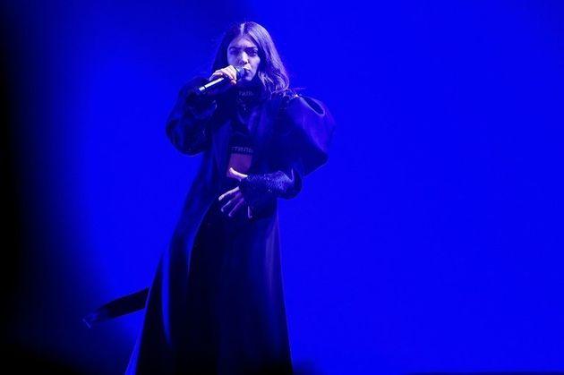Les militantes ayant appelé Lorde à annuler son concert en Israël condamnées à verser 12.000 dollars...
