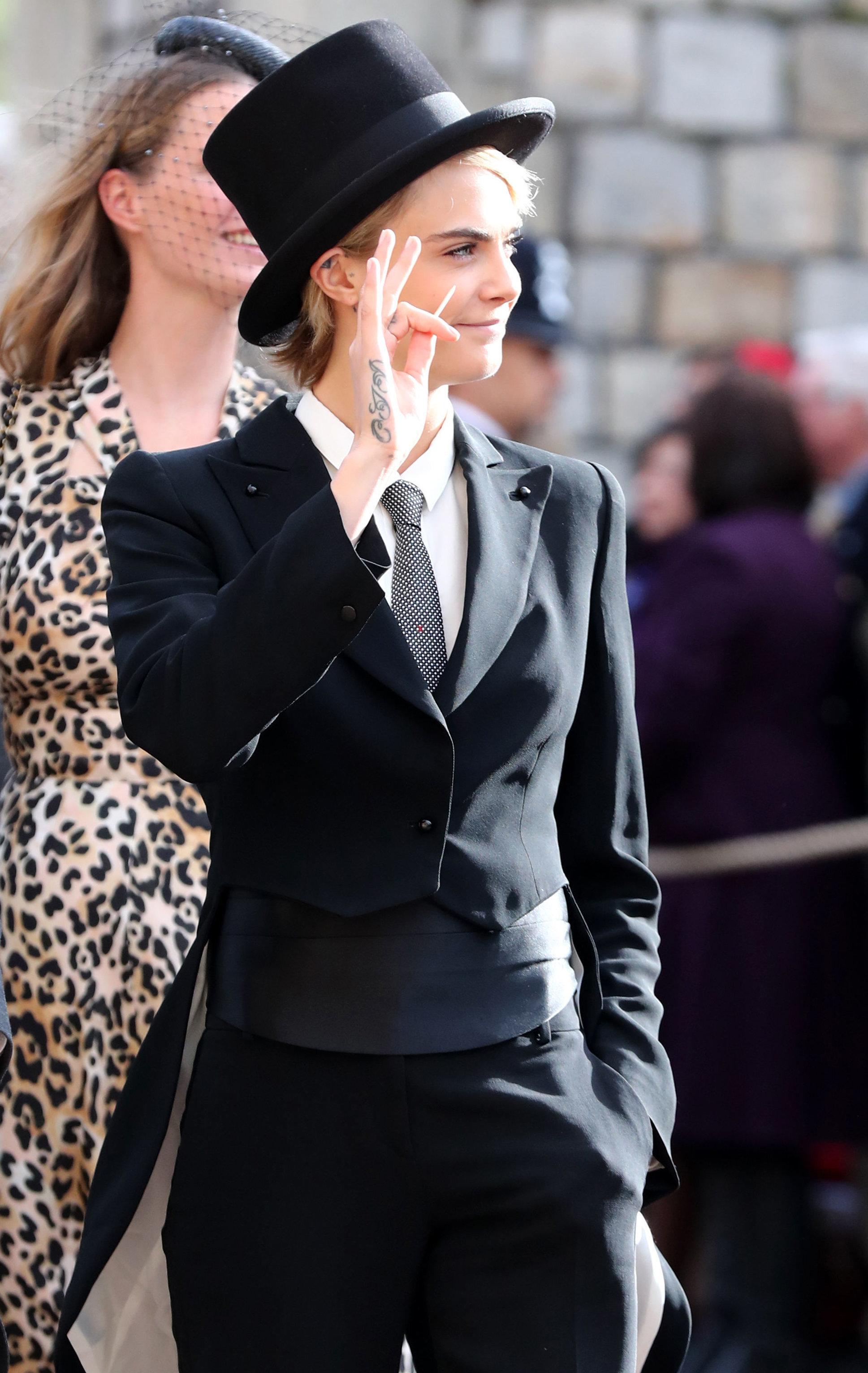 Cara Delevingne au mariage de la Princesse Eugénie en haut-de-forme et