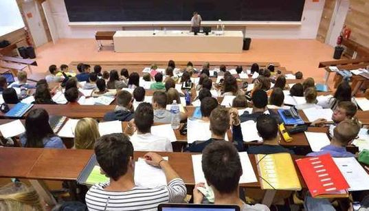 Les étudiants algériens de plus en plus nombreux en