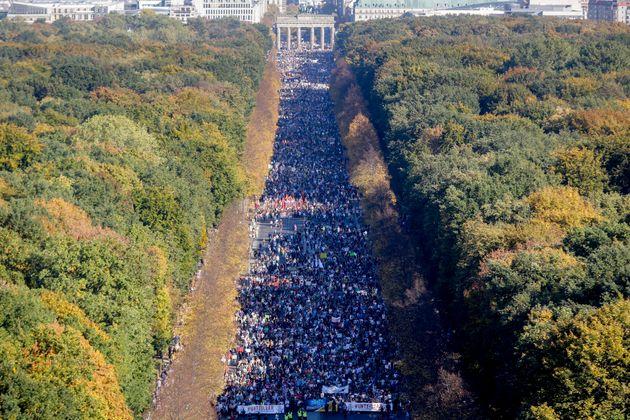 Mobilisation massive contre le racisme dans les rues de