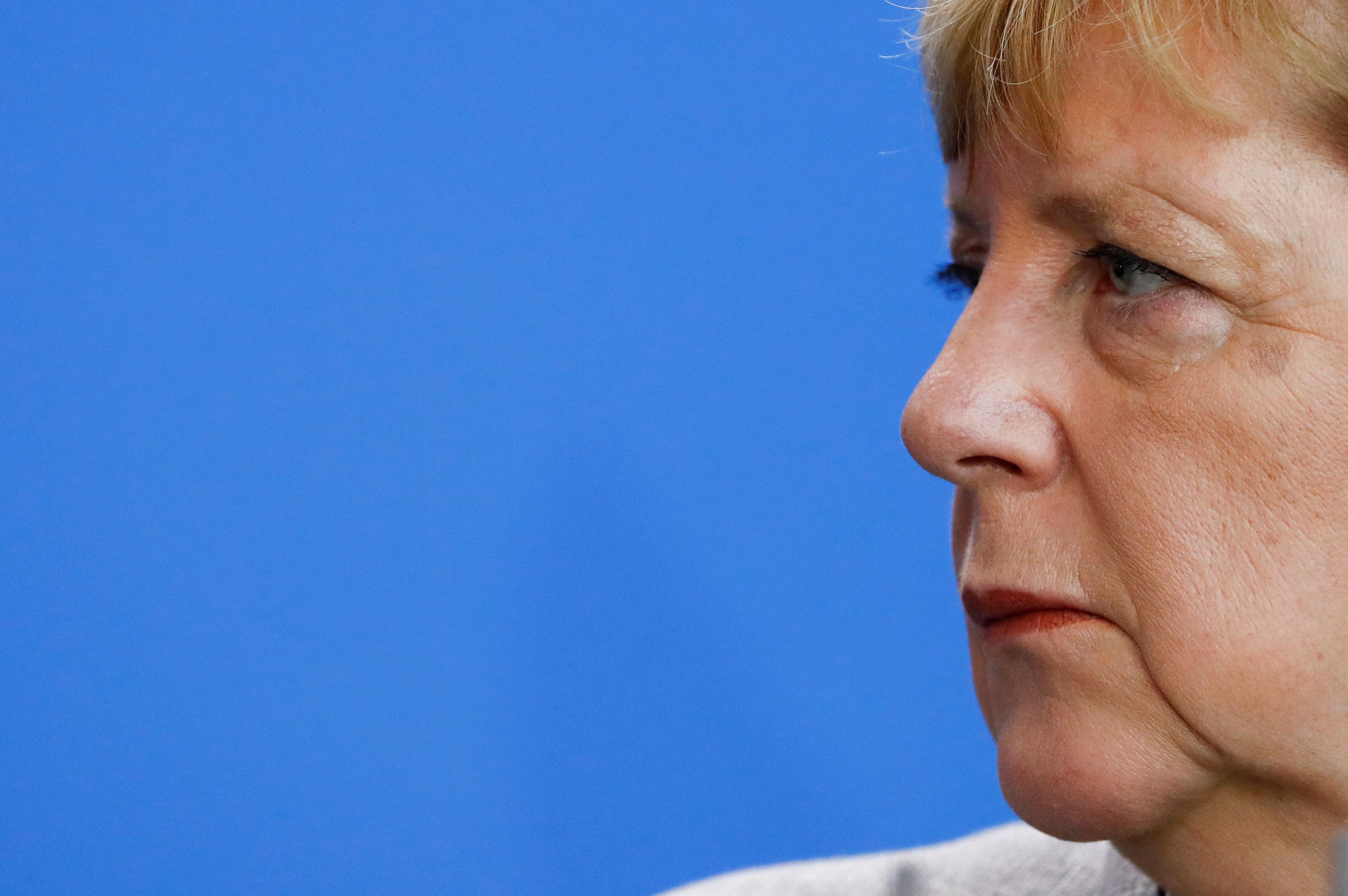 메르켈의 위기가 커지고