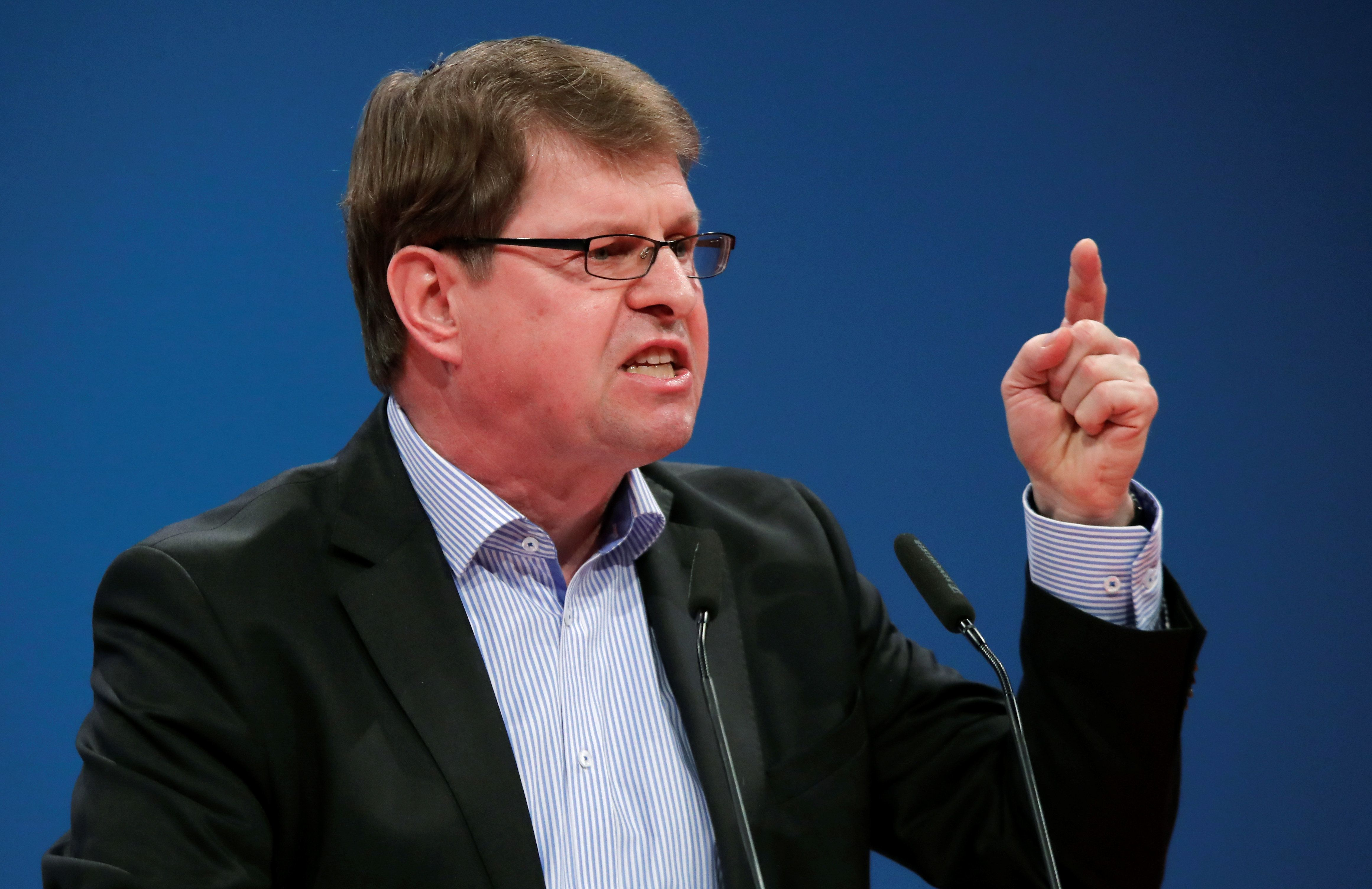 SPD-Vize Ralf Stegner twittert sich am Morgen nach der Bayernwahl in