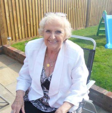 77-Jährige trinkt seit 64 Jahren jeden Tag Pepsi – das ist aus ihr