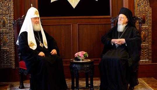 Τι σημαίνει και πού οφείλεται η αντιπαράθεση των Πατριαρχείων Μόσχας και Κωνσταντινούπολης για την