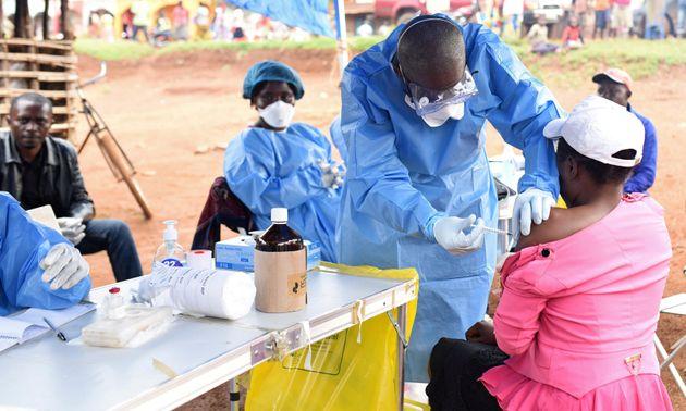 Λαϊκή Δημοκρατία Κονγκό: 33 κρούσματα του Έμπολα μέσα σε μία εβδομάδα- 24 από τους ασθενείς
