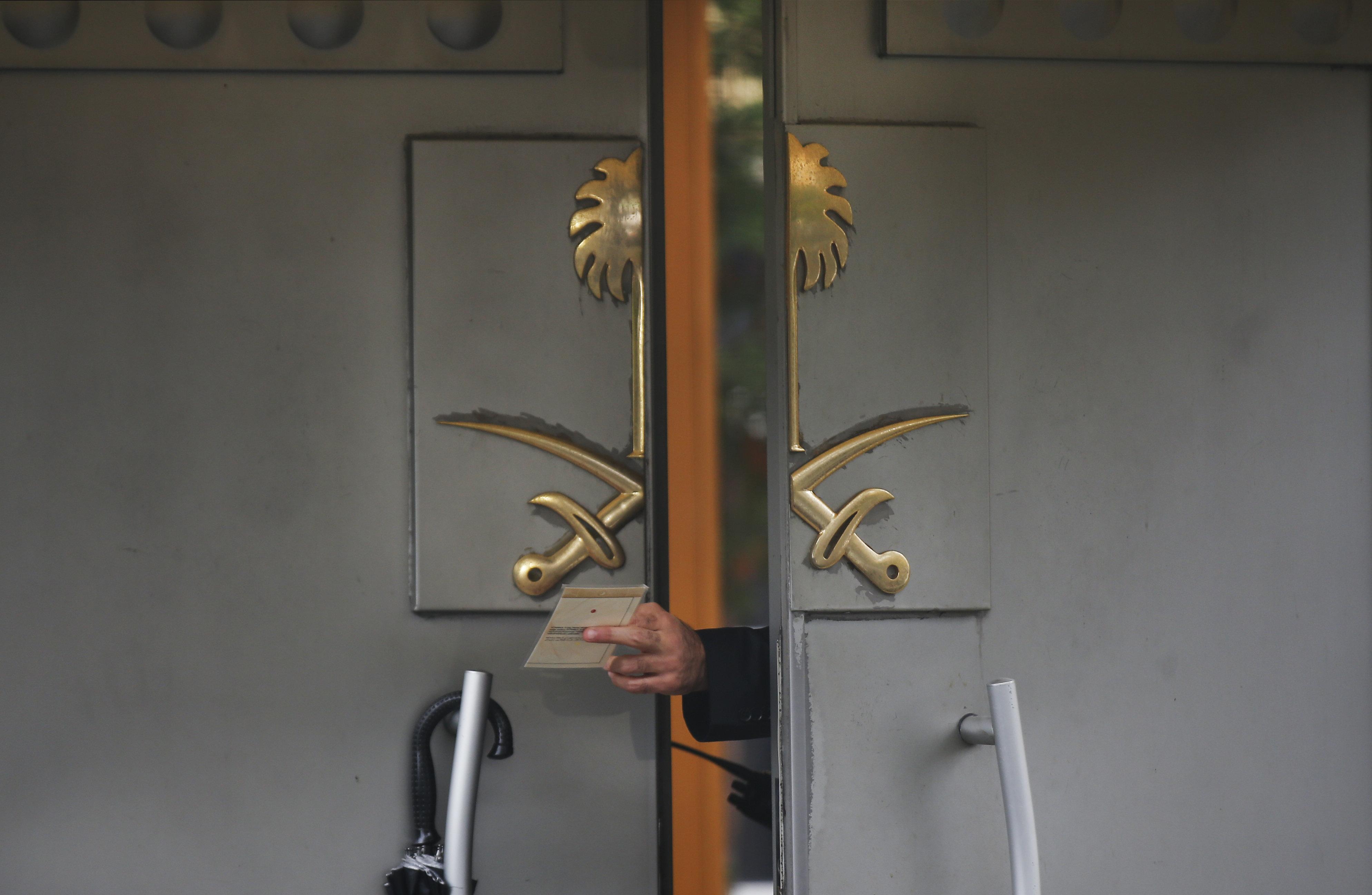Υπόθεση Κασόγκι: Τι βρήκαν οι Τούρκοι στο προξενείο της Σ.Αραβίας και οι υποψίες για τον τρόπο εξαφάνισης της σορού
