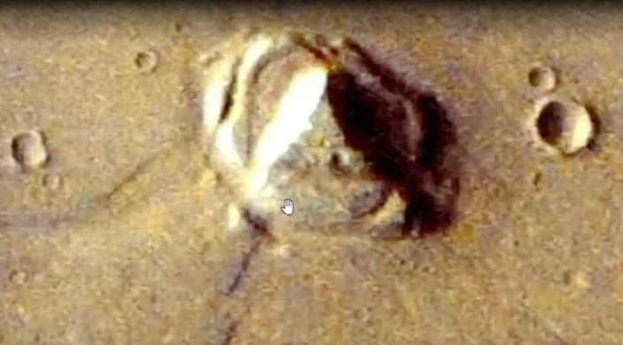 Mysteriöser Fund: Alien-Jäger behauptet, Pyramide auf dem Mars entdeckt zu