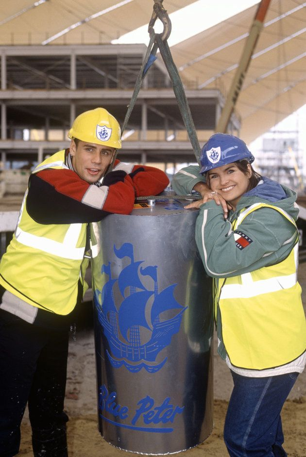 Richard Bacon and Katy Hill pictured in 1998 with the time capsule that got dug up 33 years too