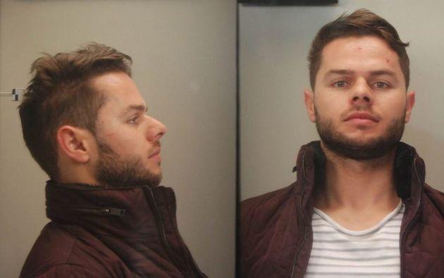 Αυτός είναι ο 30χρονος που αναζητά η ΕΛ.ΑΣ. για το κύκλωμα ναρκωτικών με τους 2 αστυνομικούς