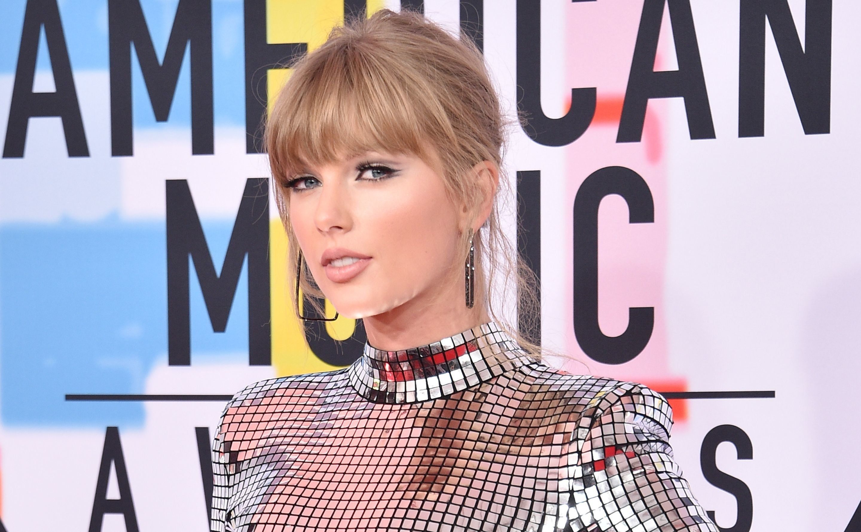 Taylor Swift Gets Political Again With New Message To Fans About Early