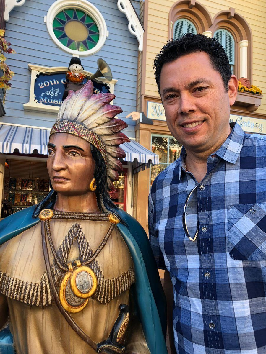 Jason Chaffetz posed with a Native American statue at Disneyland and called it Elizabeth Warren