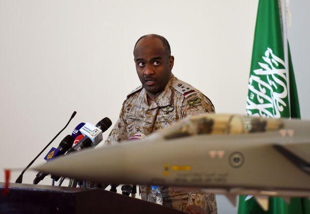 사진은 예멘 내전에 개입한 사우디 주도 연합군의 대변인이었던 아메드 알-아씨리 장군의 모습. 2014년