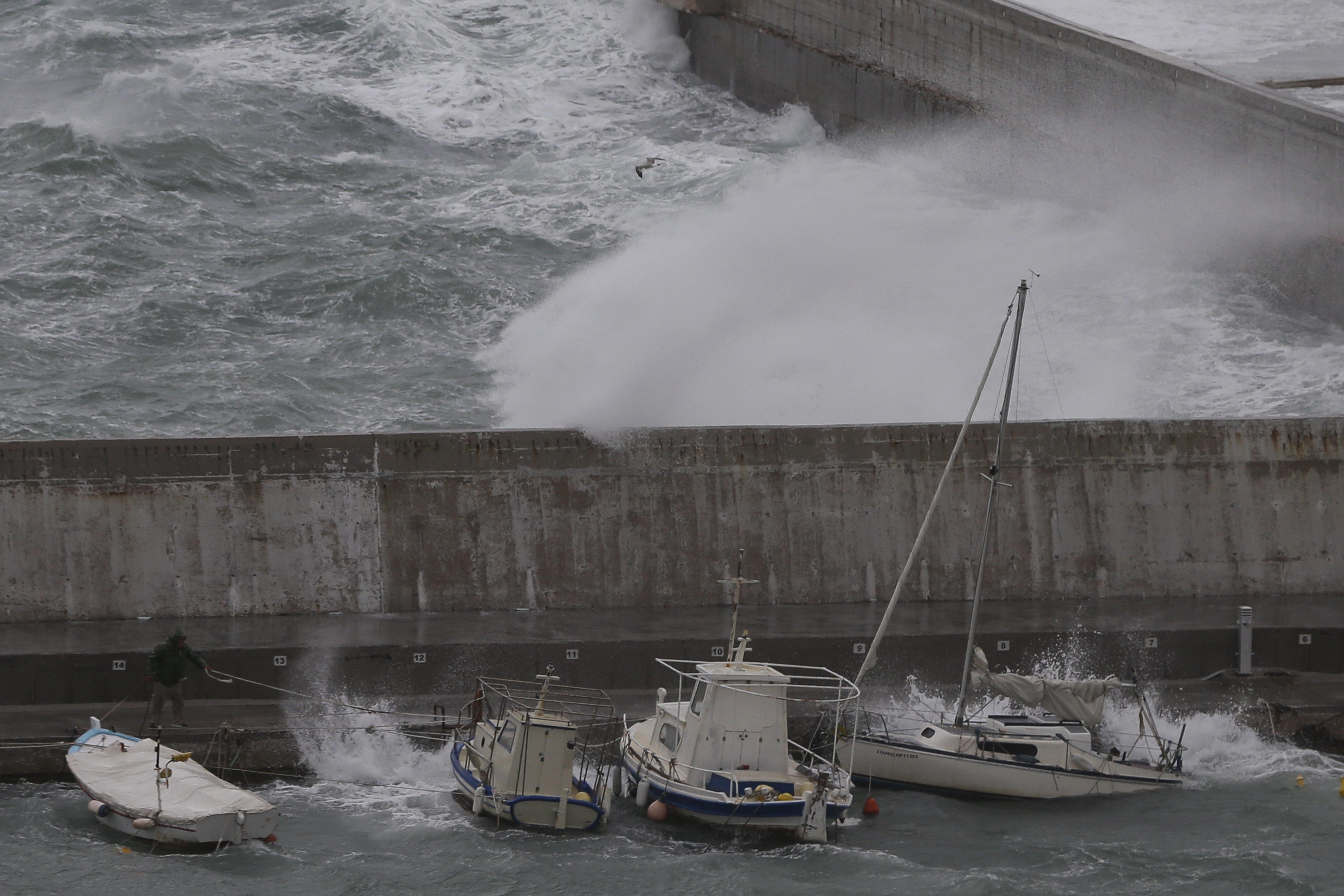 Εκτακτο δελτίο επιδείνωσης καιρού: Έρχονται καταιγίδες, χαλαζοπτώσεις και ισχυροί