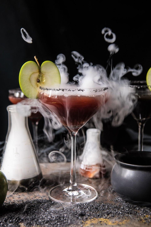 creepy halloween cocktail recipes | huffpost life