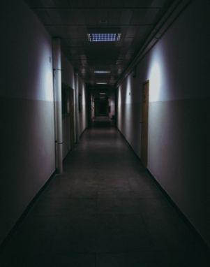 Wochen nach dem Tod: Frau macht schaurige Entdeckung in der Wohnung ihres