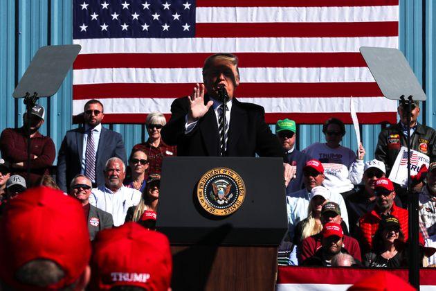 Ο Τραμπ αποσύρει τις ΗΠΑ από την ιστορική συμφωνία Ρίγκαν-Γκορμπατσόφ για τα πυρηνικά