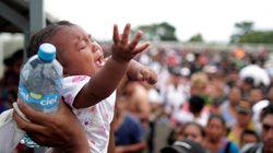 Χάος και απόγνωση στο Μεξικό με το καραβάνι χιλιάδων προσφύγων. Άνοιξαν τα σύνορα για τα γυναικόπαιδα (pics-vid)