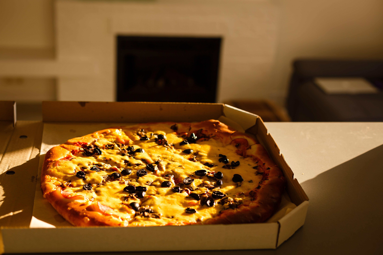 18χρονος αγόρι κάνει 360χλμ για να παραδώσει μια πίτσα σε έναν άγνωστο που το είχε ανάγκη όσο