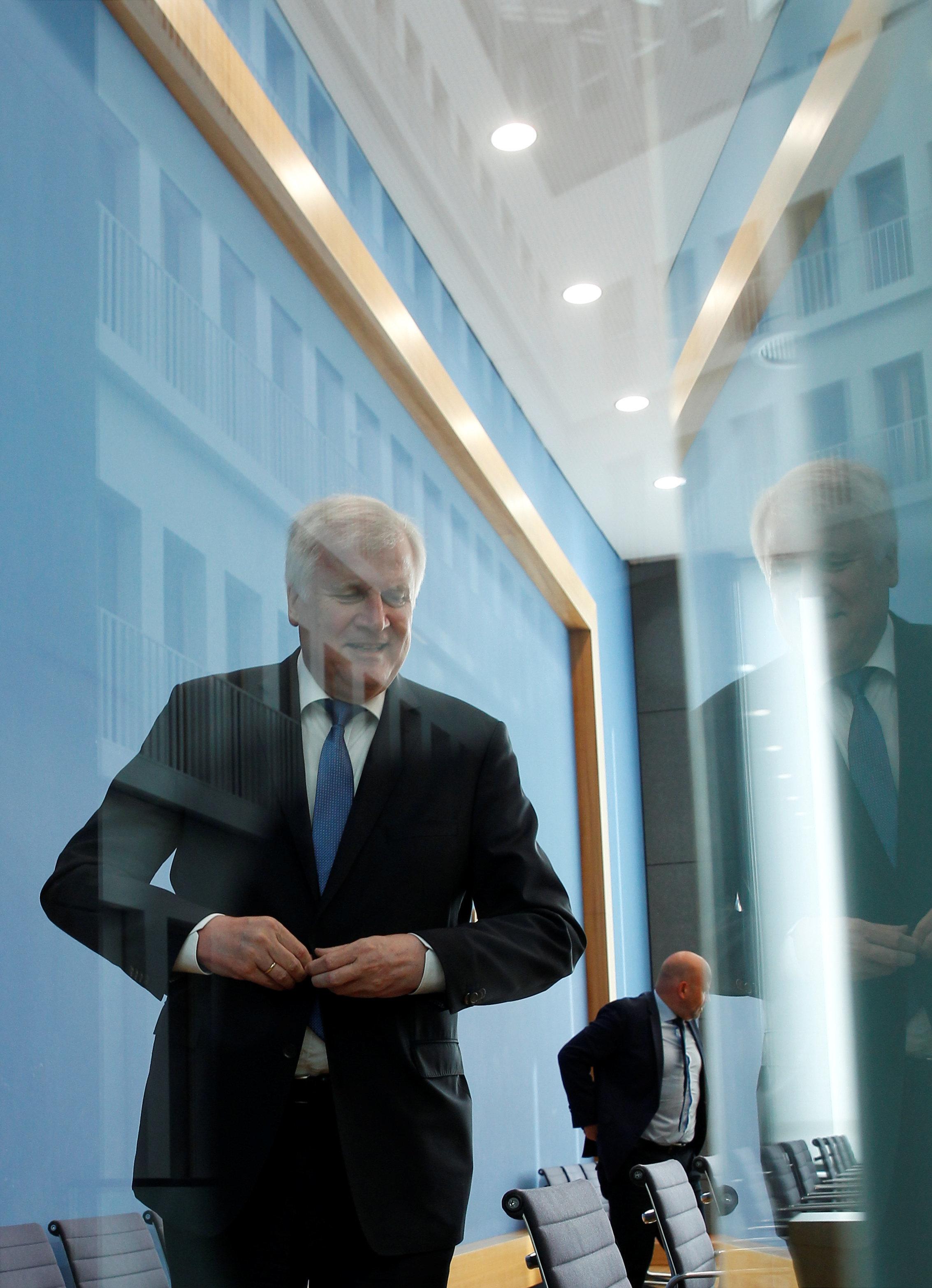 Auf den Punkt: 6 Gründe, warum sich Seehofers Abgang als CSU-Chef immer deutlicher