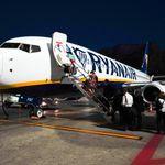 Ryanair: Mann beleidigt Frau rassistisch – und die Airline bestraft