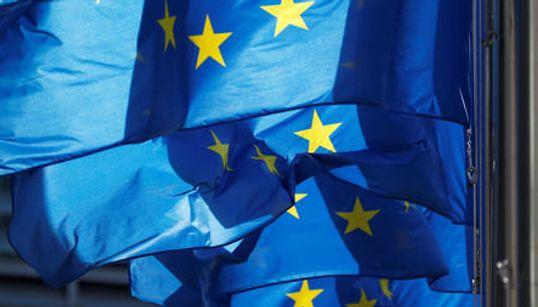 Έκκληση στο Βερολίνο να εργαστεί για «περισσότερη Ευρώπη» από φιλοσόφους, πολιτικούς και