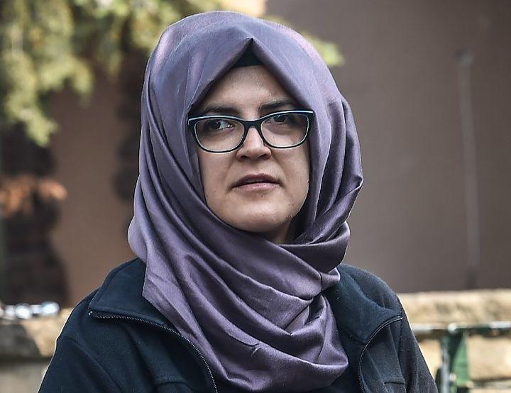 Hatice Cengiz seen waiting in front of the Saudi Arabian consulate in Istanbul.