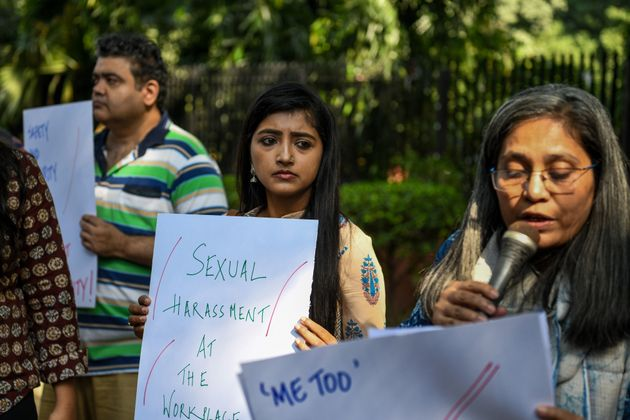 13일 인도의 저널리스트들이 미디어 업계에서 벌어진 성폭력에 대해 항의하는 시위를 진행하고
