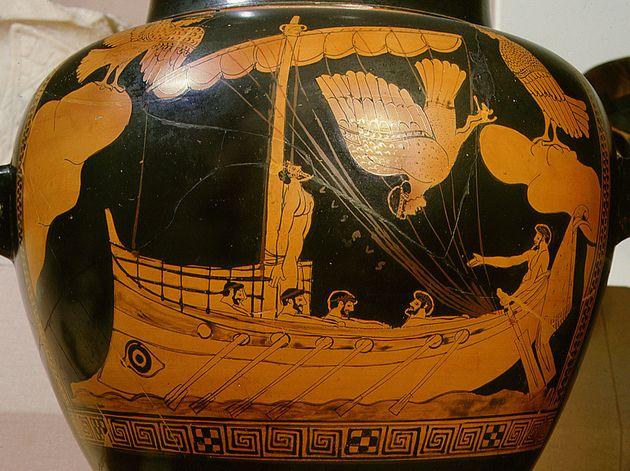 Το αρχαιότερο ακέραιο ναυάγιο του κόσμου είναι αρχαιοελληνικό και βρέθηκε στη Μαύρη