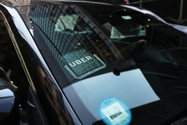 Uber: Σχέδια χρήσης μόνο ηλεκτρικών οχημάτων στο Λονδίνο ως το 2025 και έξτρα χρέωσης «καθαρού