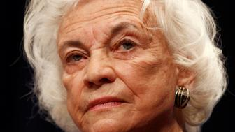 FILE PHOTO: Retired U.S. Supreme Court justice Sandra Day O'Connor delivers the keynote speech during a conference at the Georgetown University Law Center in Washington January 26, 2010.   REUTERS/Kevin Lamarque/File Photo