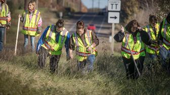 Volunteers search for Jayme Closs. (AP)