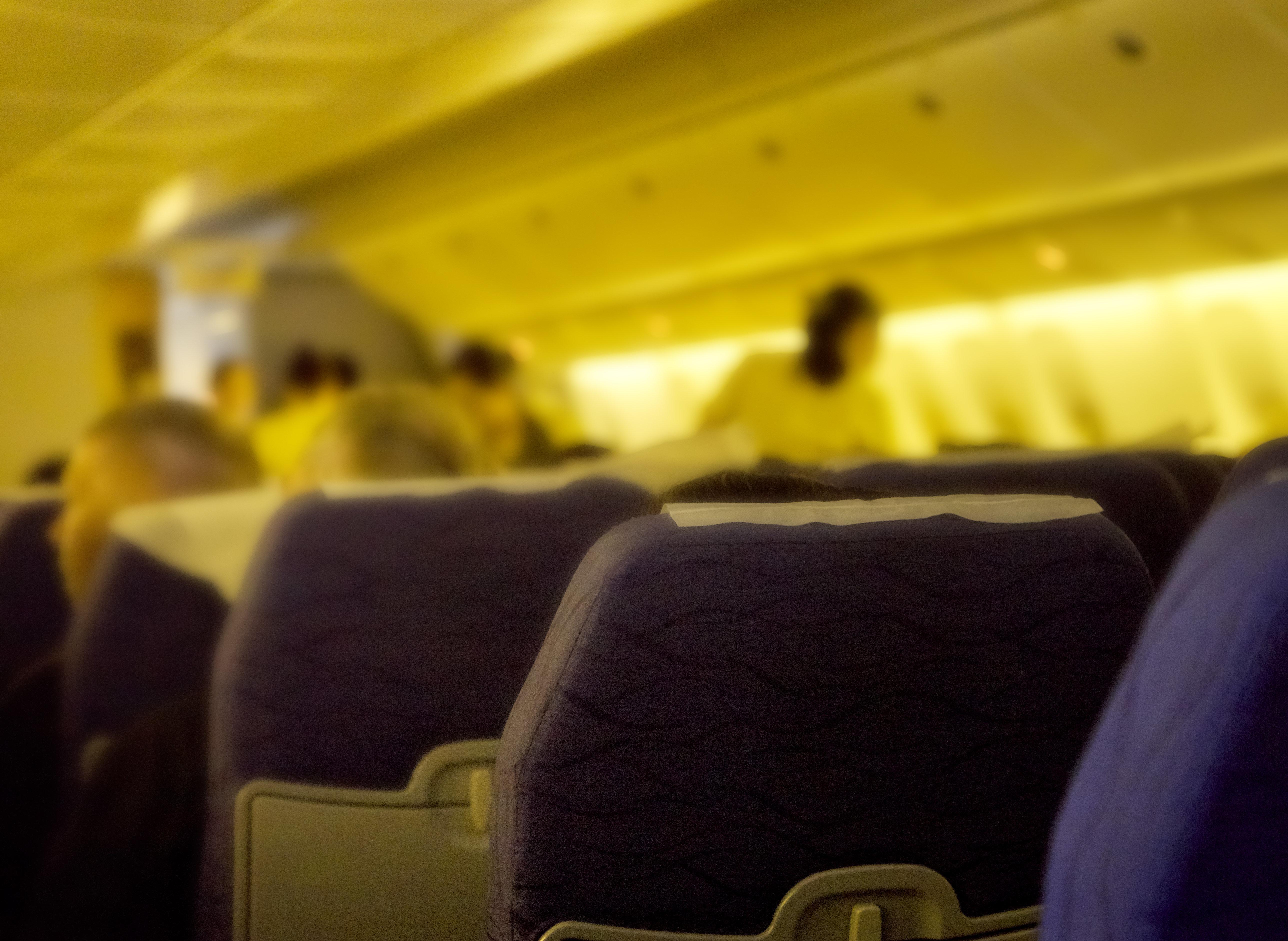 Tui: Als Passagierin sieht, wie das Essen angeliefert wird, ist sie