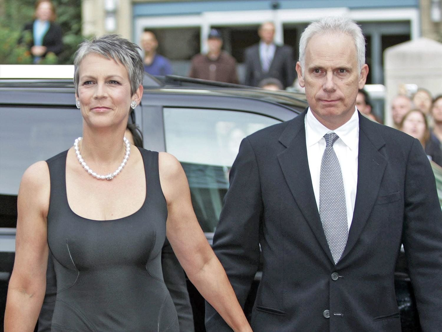 Jamie Lee Curtis and husband Christopher Guest in 2006.