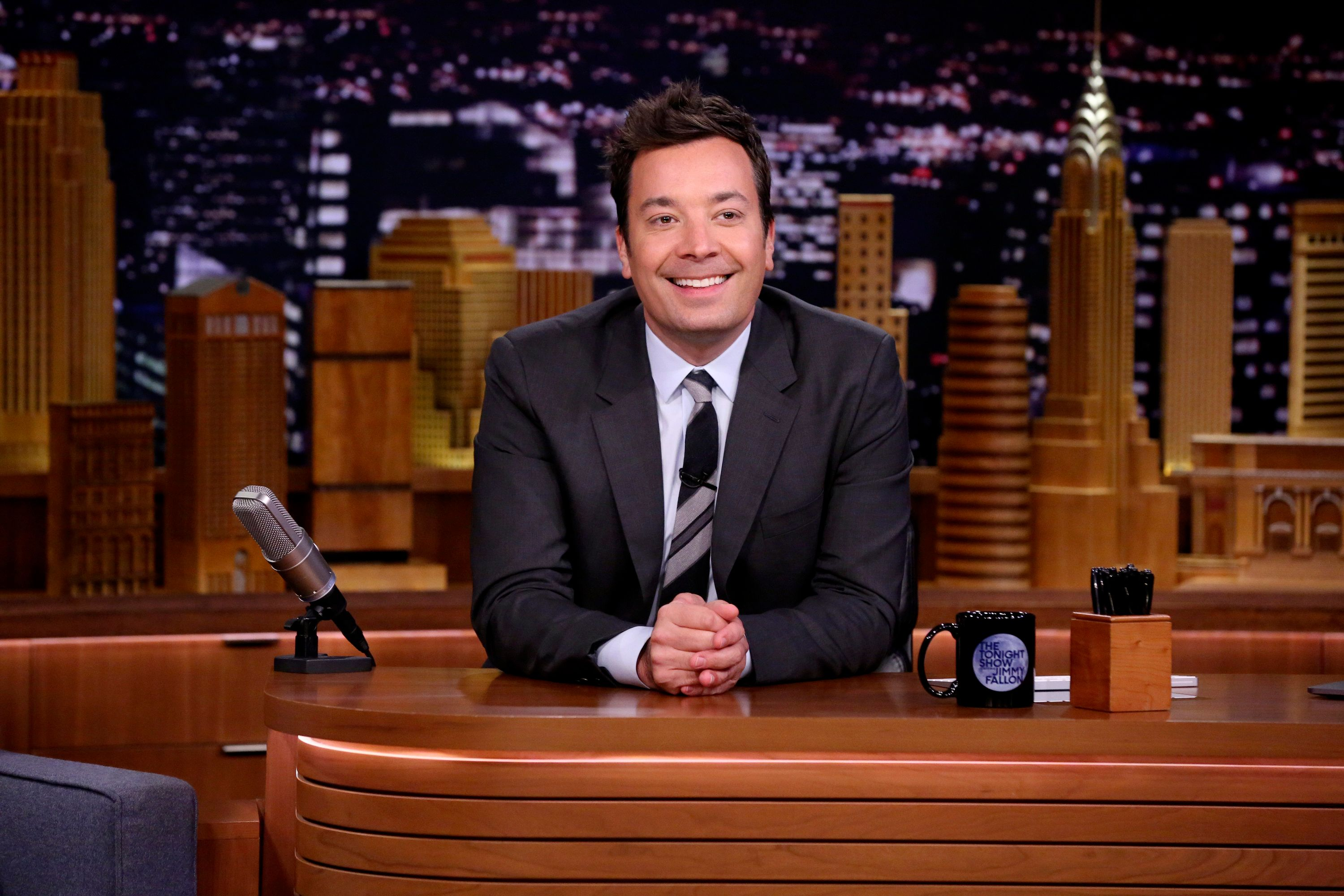 THE TONIGHT SHOW STARRING JIMMY FALLON -- Episode 0946 -- Pictured: Host Jimmy Fallon at his desk on October 23, 2018 -- (Photo by: Andrew Lipovsky/NBC/NBCU Photo Bank via Getty Images)