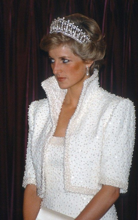Princess Diana wears her favorite tiara in Hong Kong in 1989.