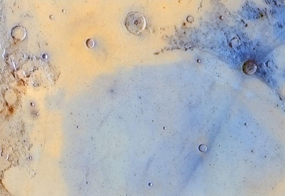 """""""Inverted Colors of the Boundary Between Mare Serenitatis and Mare Tranquillitatis"""""""